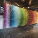 """168.000 hängende regenbogenfarbene Zahlen visualisieren """"Zeitscheiben"""""""